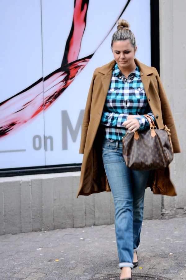 chic nas ruas de novayork, look do dia, camisa xadrezm plaid shirt on witer, casual jeans e camisa xadrez, tendência xadres, fashion week